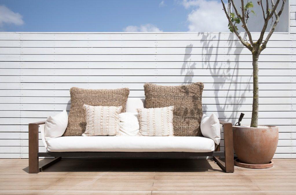 Aménager votre extérieur avec des meubles en teck